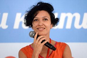 Ева Нани